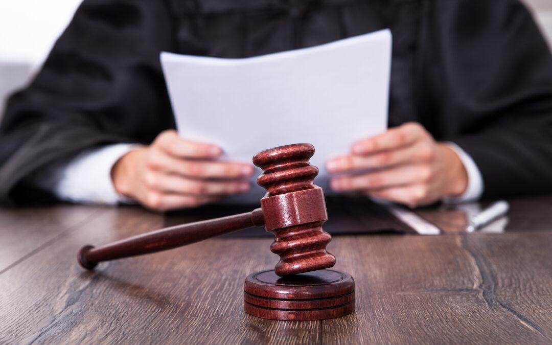 El Tribunal supremo unifica doctrina sobre el licenciamiento y la refundición de condenas (STS 685/2020, de 11 de diciembre).