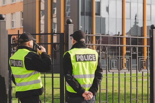 Es nula la entrada policial en vivienda sin autorización judicial para comprobar que allí no hay nadie (STS 272/2021, 24 de marzo)